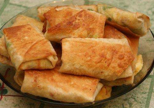 Пирожки из лаваша с сыром и зеленью