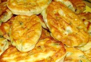 Самые ленивые пирожки с яйцом и зеленым луком за 10 минут, по быстрому.