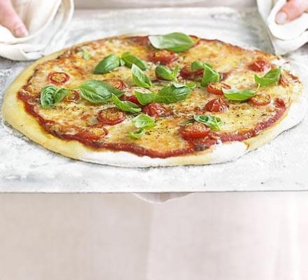 Вкусная быстрая пицца Маргарита