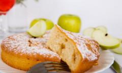 Пирог с яблоками в мультиварке рецепты с фото на скорую руку